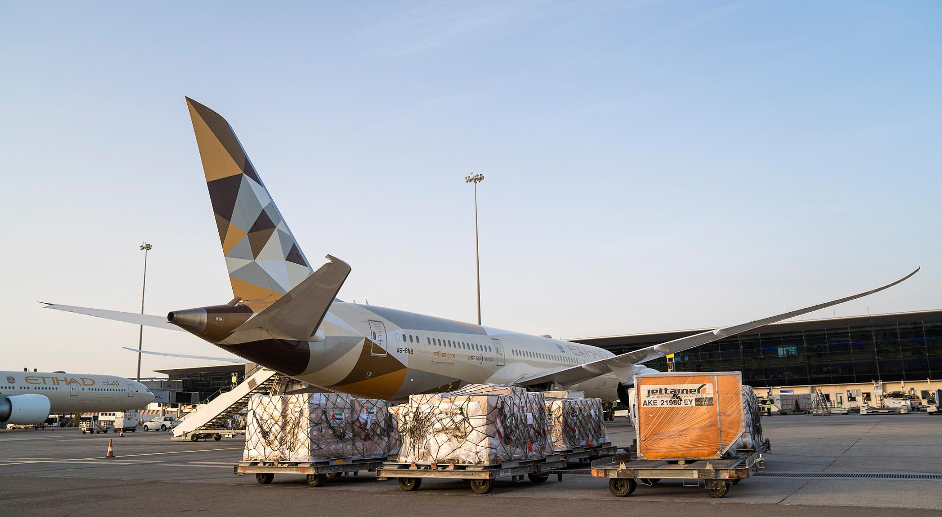 Etihad Cargo, the cargo arm of Etihad Aviation, partners with the Australian Government to provide critical international airfreight assistance to Australia.