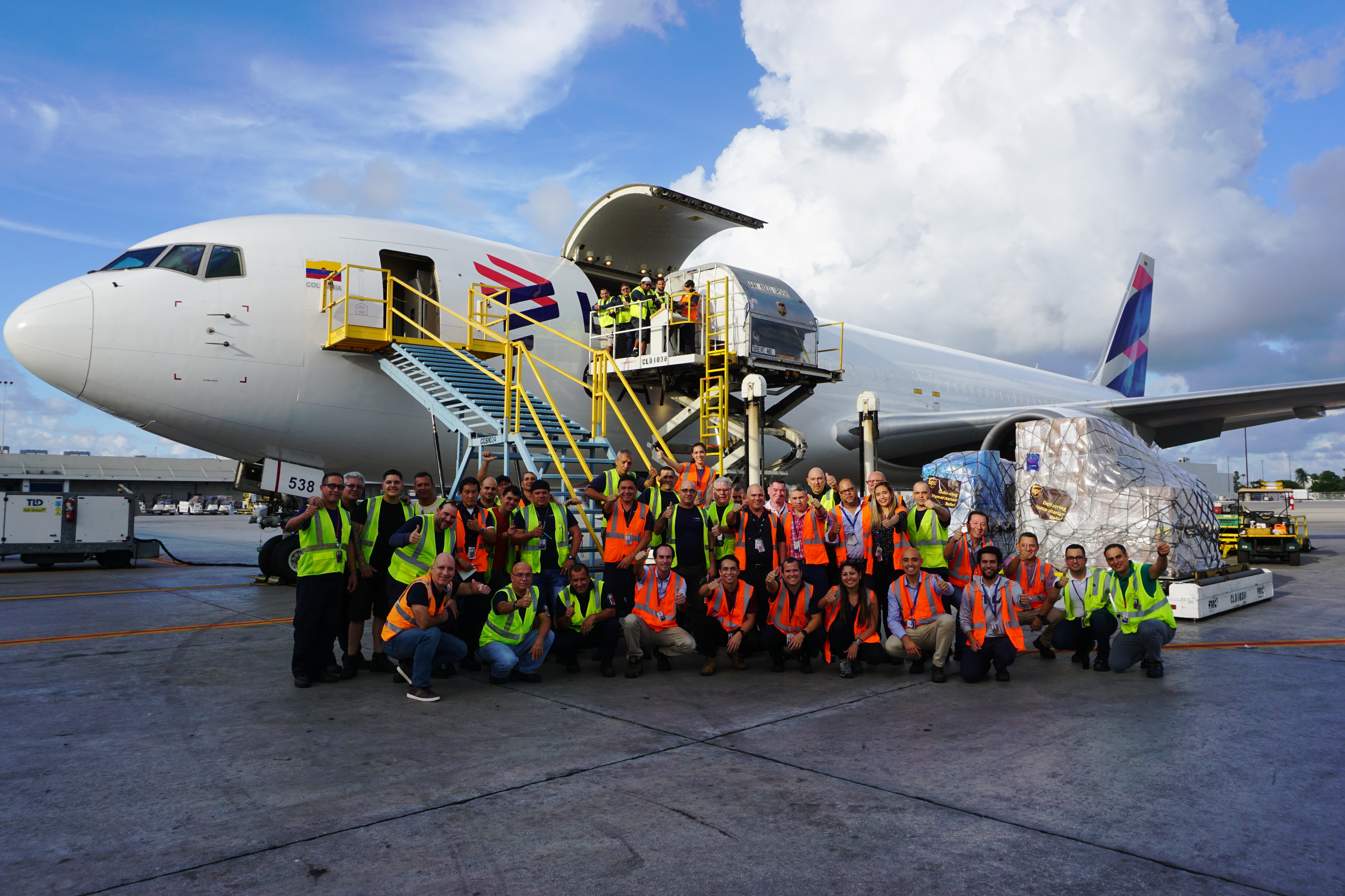 LATAM Group delivers relief cargo to the Bahamas