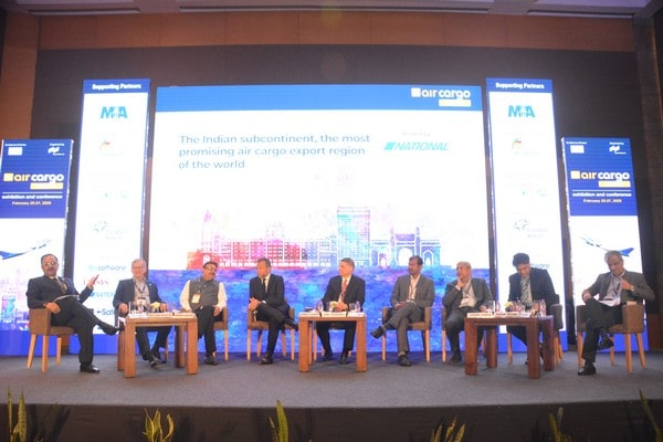 (L-R) Keku Gazder of AAICLAS, William Boulter of IndiGo, Nirbhik Narang of Air India Cargo, Adrien Thominet of ECS Group, Tom Crabtree of Boeing, Saurabh Kumar of GMR Hyderabad Air Cargo, Sanjiv Gupta of SpiceXpress, Amar More of Kale Logistics Solutions and Keshav Tanna of FIATA.