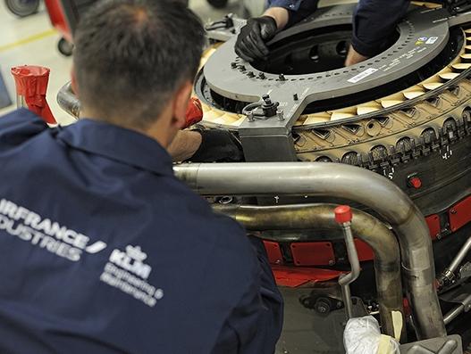 AFM KLM E&M to handle maintenance of Vietnam Airlines' 787 GEnx engines