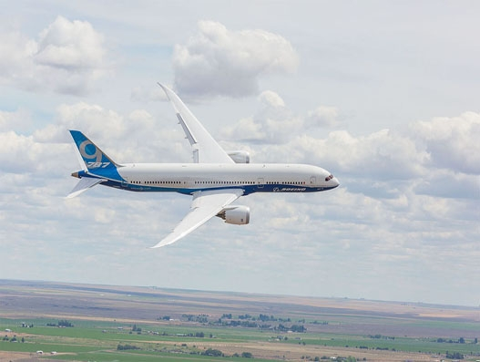 Boeing wins American aircraft lessor ALC order for 75 MAX 8s and three 787-9s