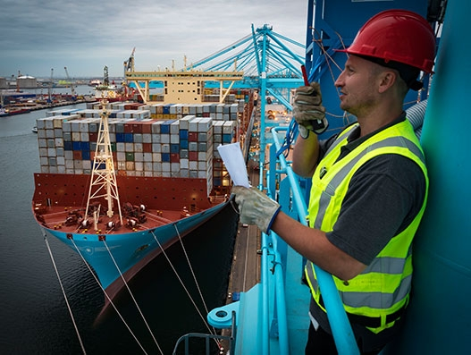 APM Terminals Rotterdam greets Madrid Maersk on its maiden journey