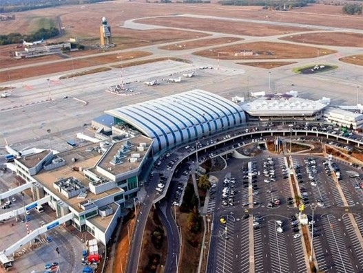 Budapest Airport extends ecommerce cooperation with STO Express and EKOL
