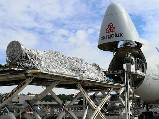 Cargolux flies 43 metric tonne shaft from Luxembourg to China