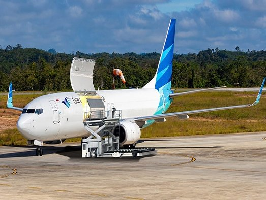 Garuda Indonesia to lease two freighters from GECAS as it expands cargo ops