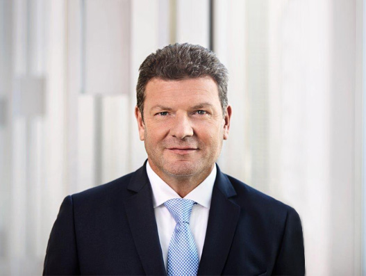 SunExpress appoints Jens Bischof as new managing director