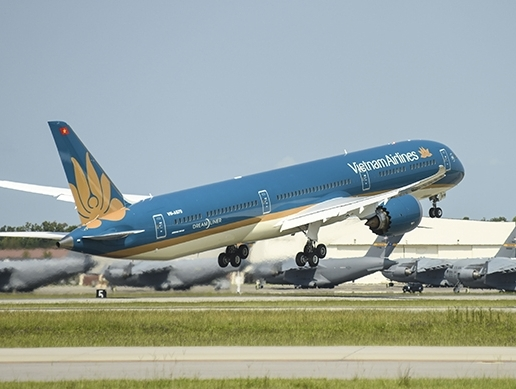 Vietnam Airlines adds Boeing 787-10 jet to its fleet