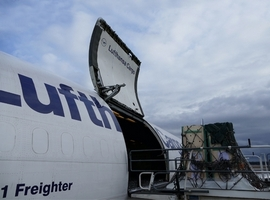 Lufthansa Cargo and GRADLYN take utmost care of 'special passengers'