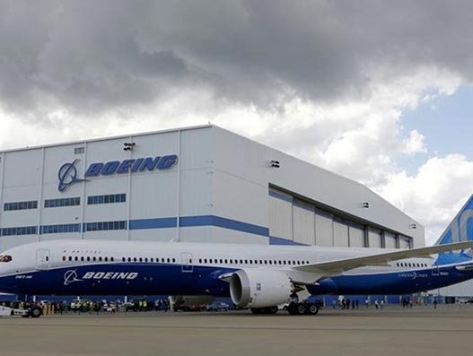 Boeing halts 787 operations in South Carolina