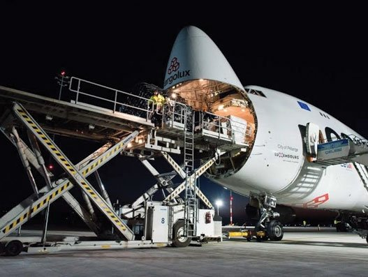 Budapest Airport handles first dedicated freighter at BUD Cargo City