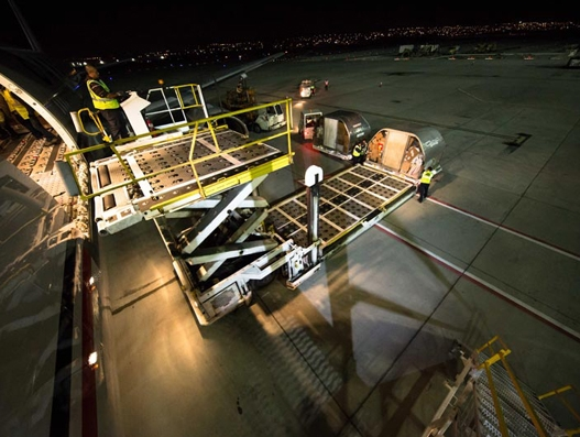 Calgary Airport sets new cargo record in 2016