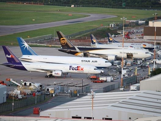 Cargo flights up 7.4% at East Midlands Airport