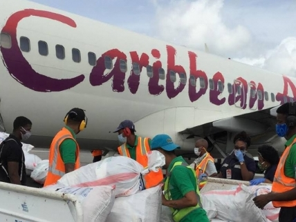 Caribbean Airlines Cargo airlifts 55,200 doses of Covid-19 vaccines to Jamaica