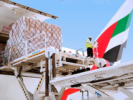 Emirates lifts 27,000 tonnes of perishables and garments from Sri Lanka in 2017-18