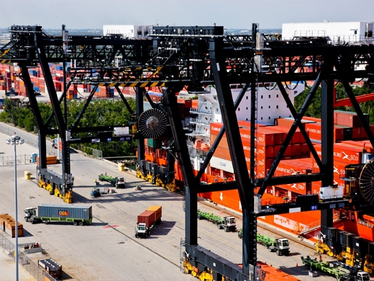 Port Everglades sets new record in cargo volume in December 2016; highest in 90 years