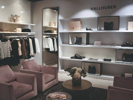 Fashion label Hallhuber to control supply chain with Setlog's OSCA software