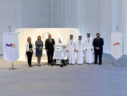 FedEx' delivery robot Roxo makes its first international appearance in Dubai