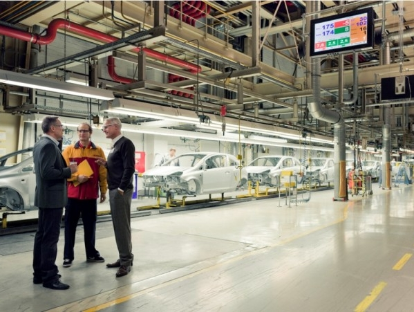 Ford appoints DHL to manage its global freight management
