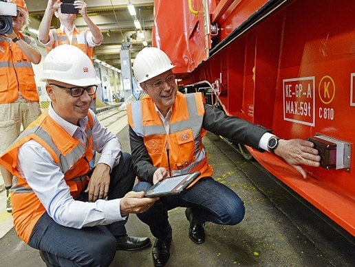 DB Cargo equips half of its wagon fleet with smart sensors, telematics