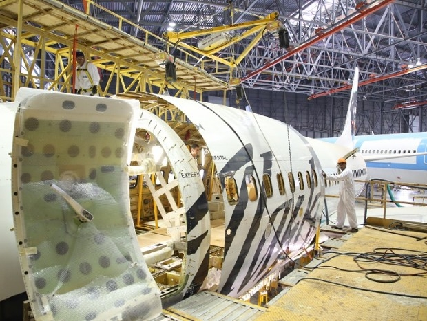 Israel Aerospace Industries gets STC nod for 737-700BDSF freighter conversion