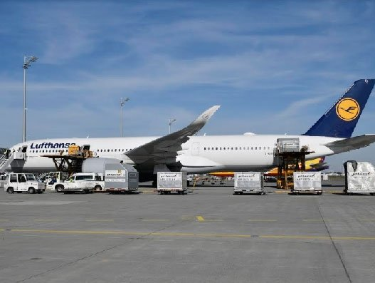 Lufthansa's A350s bring PPEs twice daily from China