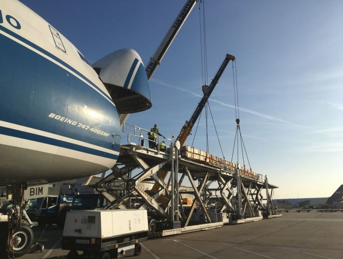 AirBridgeCargo in pipes delivery to Zhengzhou, China
