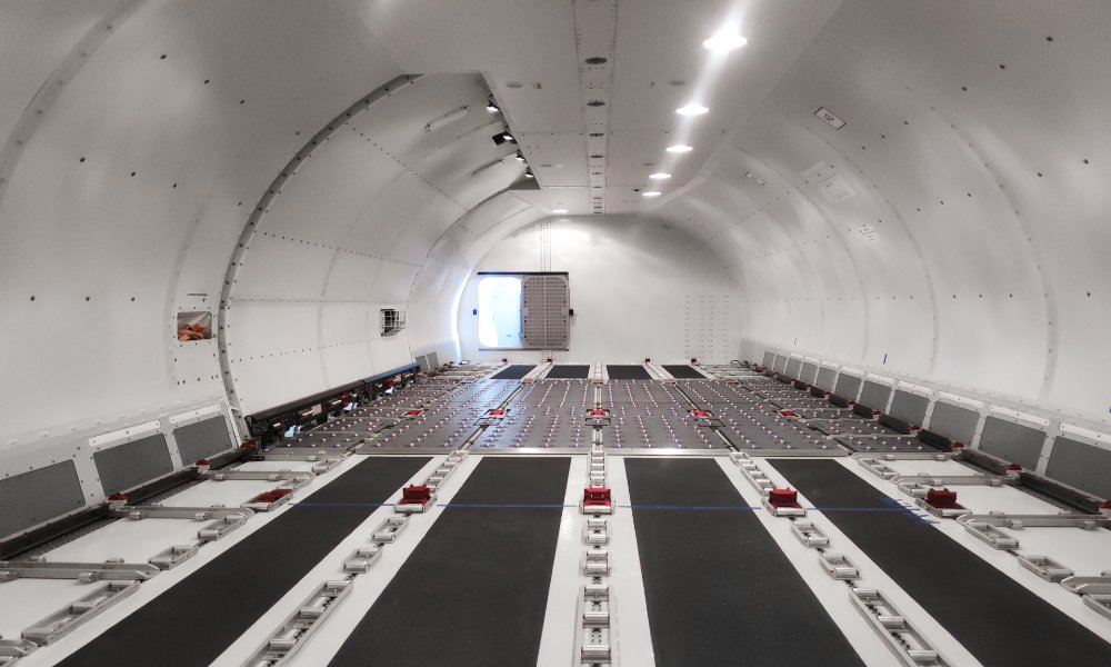 AviaAM Leasing gets its first 737-800 Boeing Converted Freighter