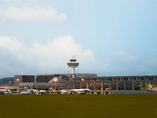 Changi Airport cargo volume continues to drop in August