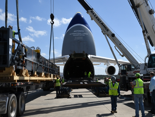 Chapman Freeborn, Antonov transport drill rigs for mining project in Australia
