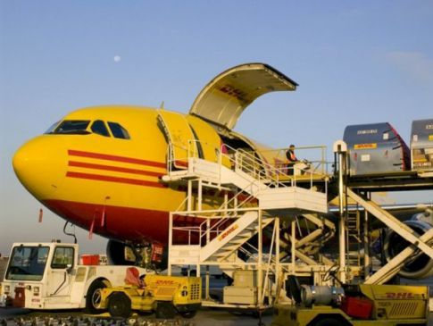 Mesa Air Group to add Boeing 737-400F fleet for DHL Express