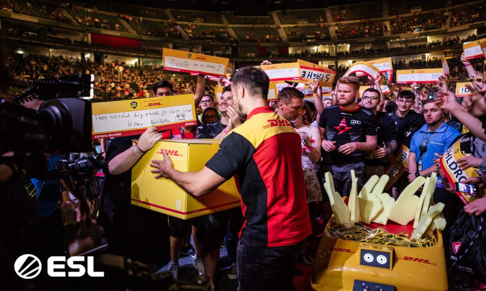 DHL extends contract with ESL Gaming; signs deal for ESL Mobile
