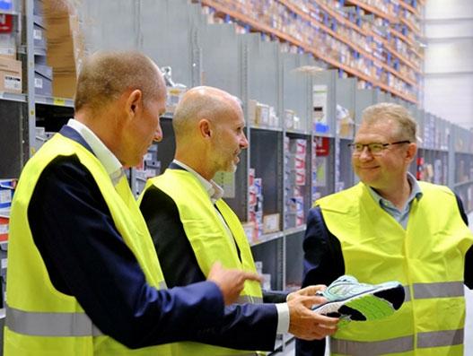 DSV opens new 83,000 m2 Netherlands warehouse for consumer brands