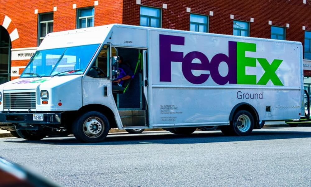 FedEx reports 30% jump in Q4 revenues buoyed by online shopping trends