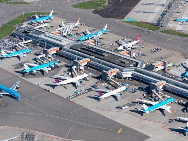 IATA urges aviation regulators to suspend rules on airport slots