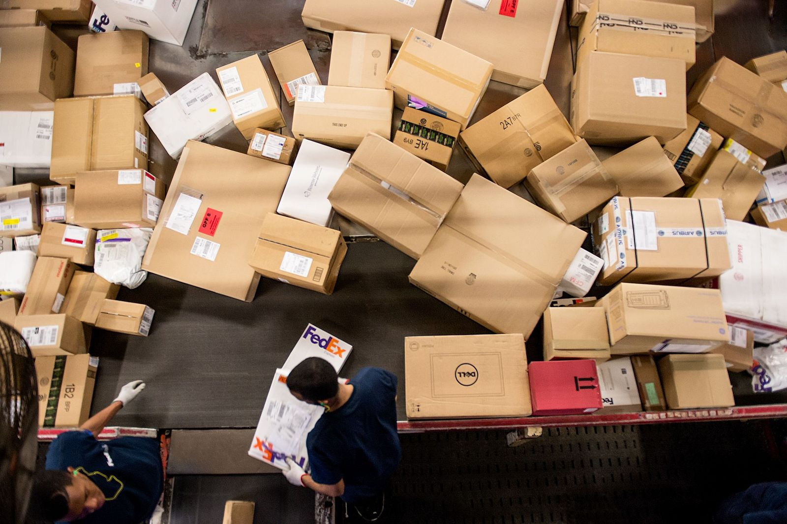 Industry gears up to respond to ecommerce peak season demand