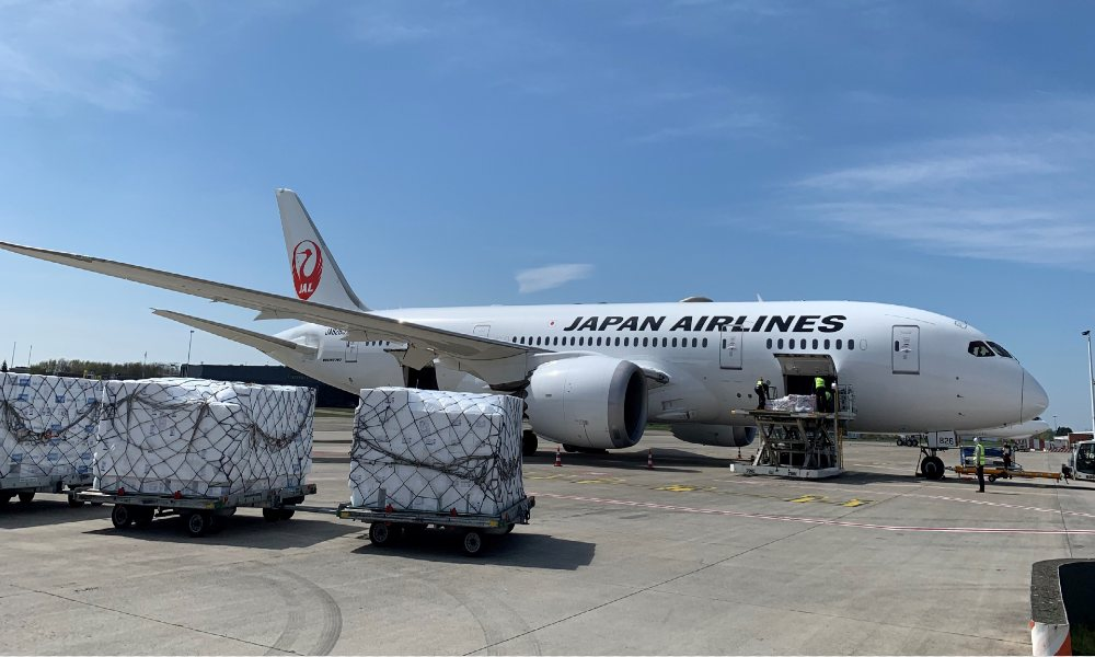 Japan Airlines extends its partnership with WFS in Europe
