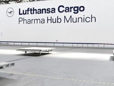 Lufthansa Cargo unveils pharma hubs in Munich and Chicago
