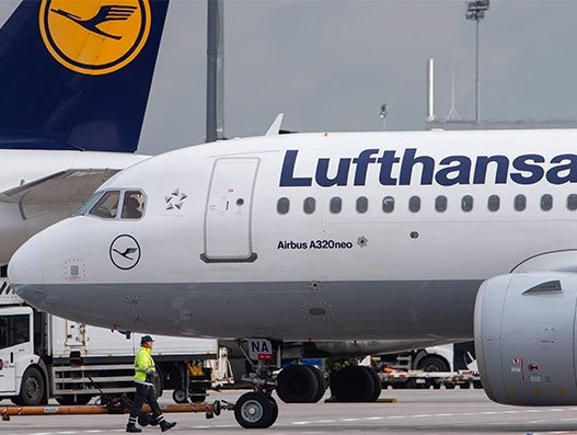 Lufthansa to prepare 'air bridge' for supplies to Germany during COVID-19 pandemic