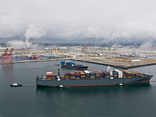 Port of Long Beach November container volumes lag behind brisk 2015 figures