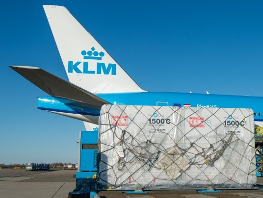 SkyCell, KLM, UPS rush vaccines from Japan to Germany