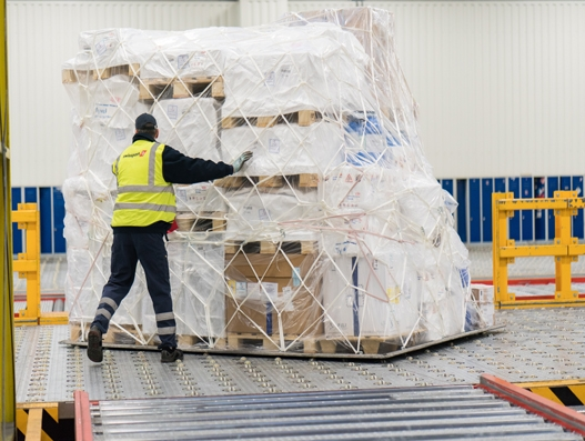 Swissport first cargo handler in Canada to be awarded CEIV Pharma certification
