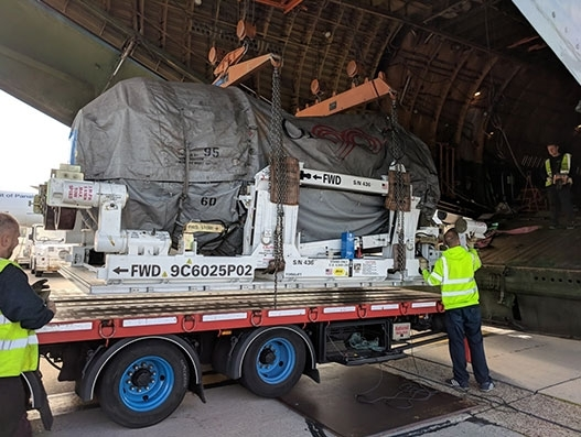 Volga-Dnepr delivers two aero engines and aerospace equipment to London for GECAS