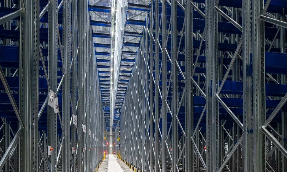 Lineage Logistics expands Northern Superhub cold-storage warehouse in the UK