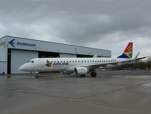 Airlink buys 5 E-Jets from Embraer
