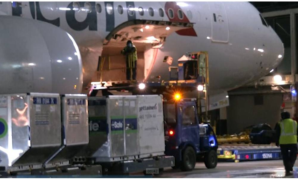 American Airlines transports its first Covid-19 vaccine shipment from Chicago to Miami