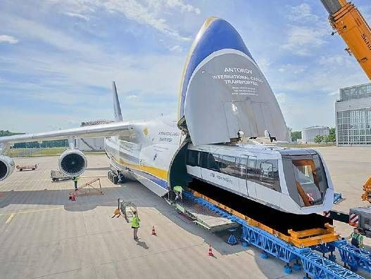 Antonov Ruslan flew two maglev trains from Germany to China