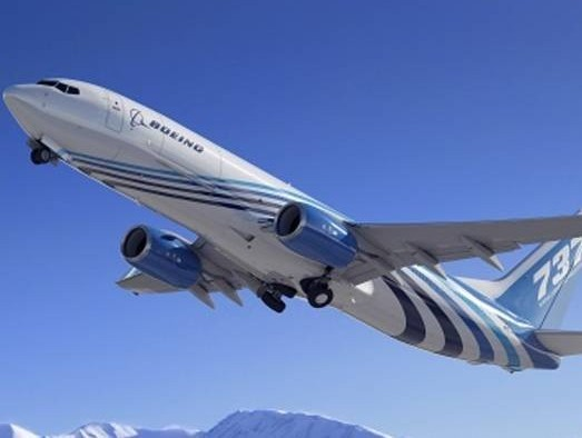 Boeing wins more 737-800BCF orders, launches new freighter conversion lines