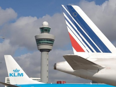 Cargo volumes at Amsterdam Airport Schiphol drop 7.7% in July