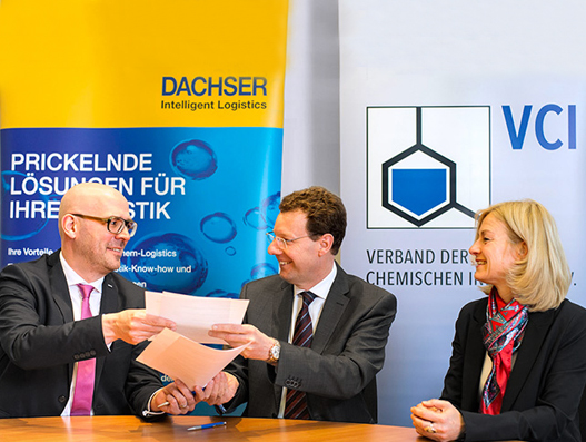 Chemical Industry Association VCI extends contract with Dachser
