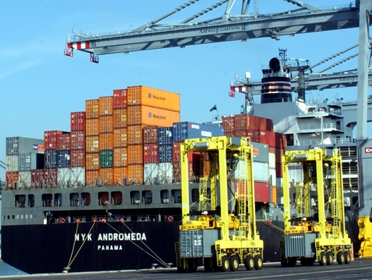 Container freight increases at port of Antwerp in Q1 2017
